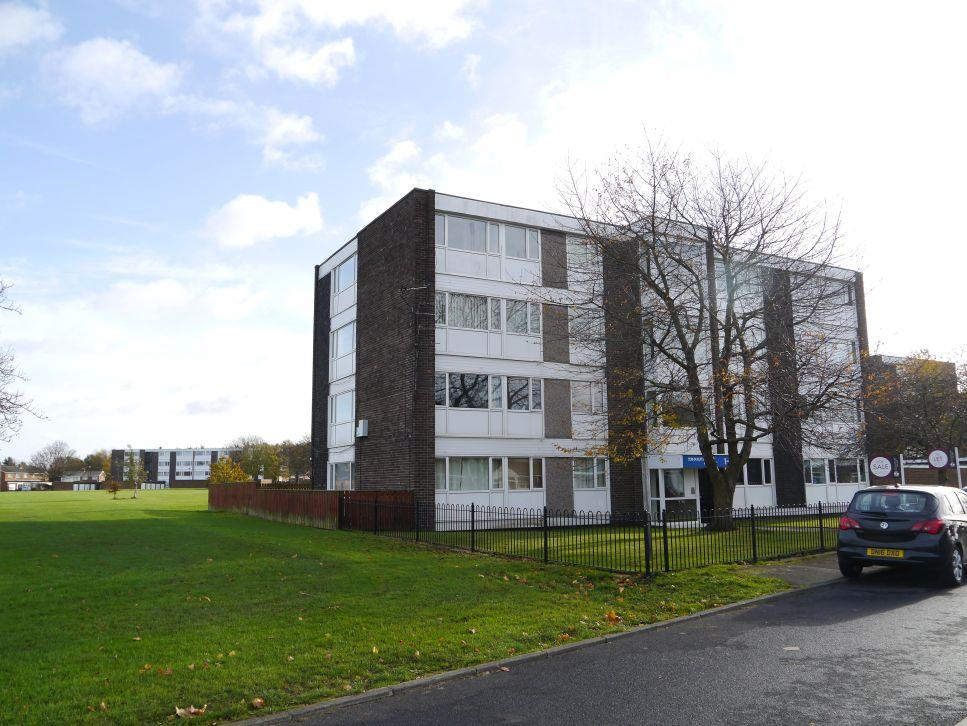 1 Bedroom Apartment Flat for sale in Thorntree Court, Forest Hall, Newcastle Upon Tyne